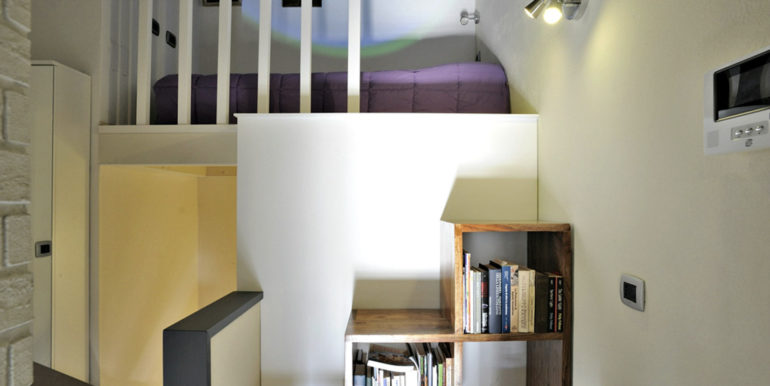 12-s534-study area and bed-casa palazzetto