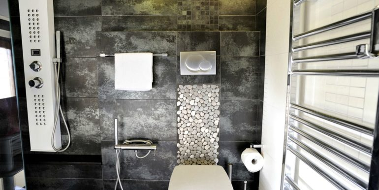 16-s-534-bathroom-casa palazzetto