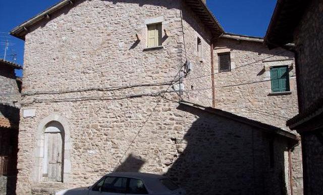 1-outside of pallazo