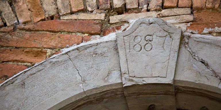 17-s527-entry door details