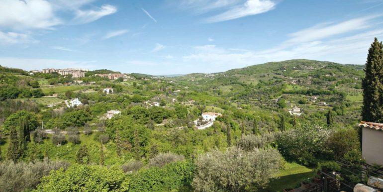 24-s495-panoramic view