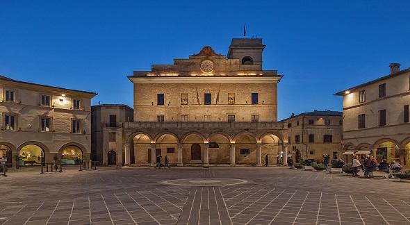 Piazza Montefalco