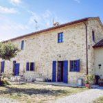 Antico casale ristrutturato in vendita in Umbria