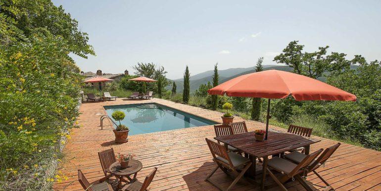 14-s574-pool and views-Prato di sopra