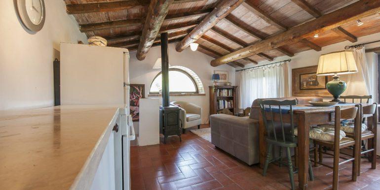 29-s574-dining and sitting-Prato di sopra