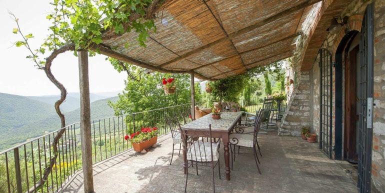 7-s574-terrace and views-Prato di sopra