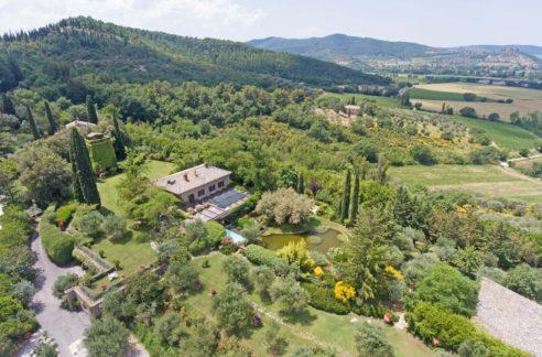 Magnificent villa for sale in Umbria