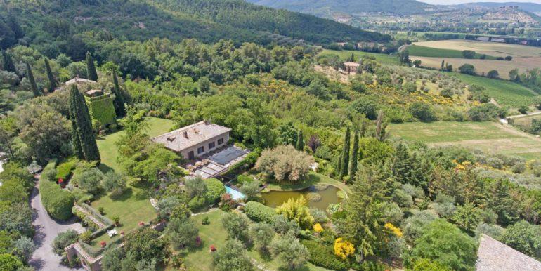 1-s573-Panoramic view of villa-il Giardino del Porcinai