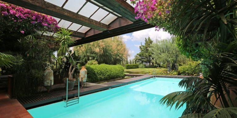 13-s573-pool and garden -Il Giardino  del Porcinai