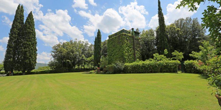 22-s573-watch tower-il Giardino del Porcinai