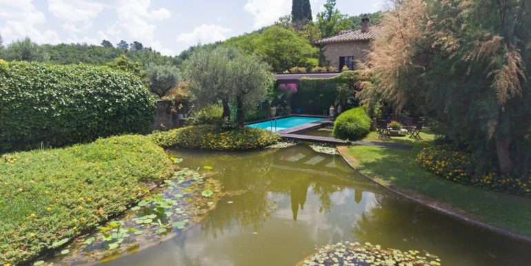 7-s573-beautiful pond and pool- il giardino del Porcinai