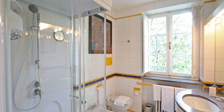 42-s573-bathroom-il Giardino del Porcinai