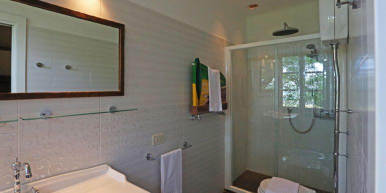 43-s573-bathroom-il Giardino del Porcinai