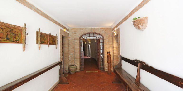 44-s573-corridor -il Giardino del Porcinai