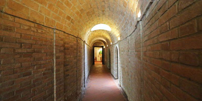 45-s573-ancient corridor-il Giardino del Porcinai