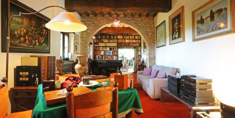 28-s573-living room-il Giardino del Porcinai