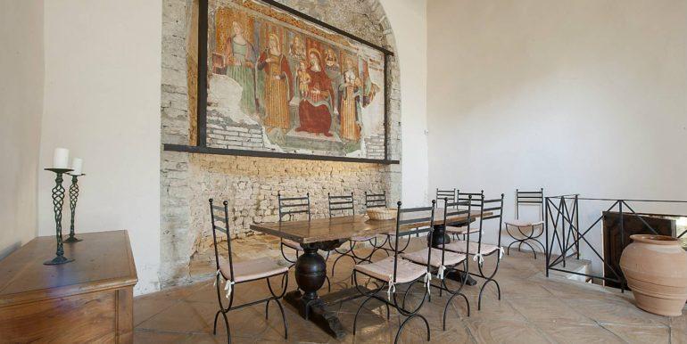 23-s576-inside the church