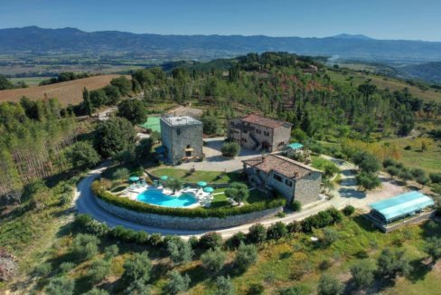 Magnificent complex for sale in Umbria - L'Antica Fortezza