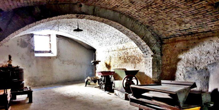 10-s585-beautiful arches-palazzo del cardinale
