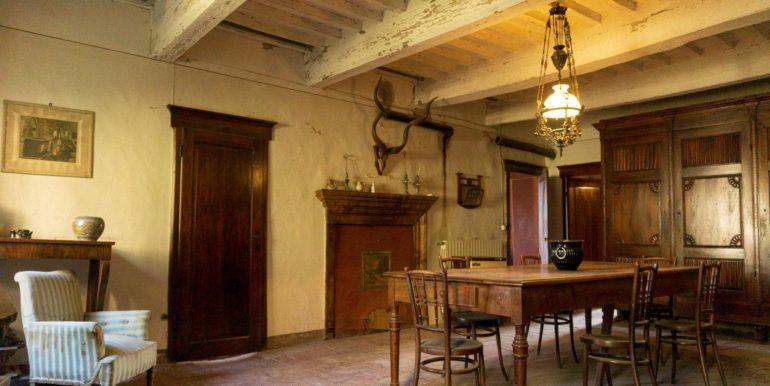 19-s584-dining-villa schine