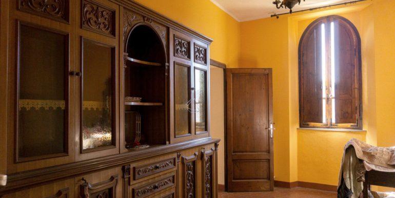 36-s584-inside details-villa schine