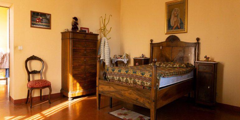 37-s584-bedroom-villa schine