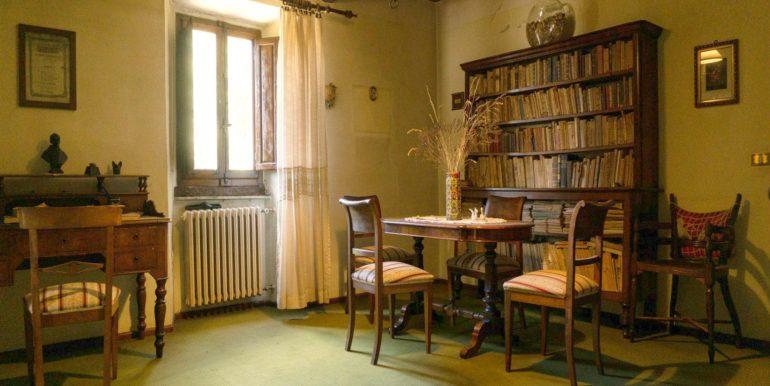 39-s584-study room-villa schine