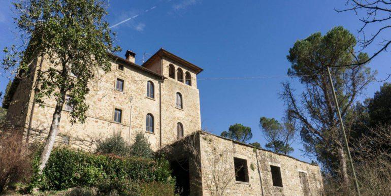 5-s584-outside of property-villa schine