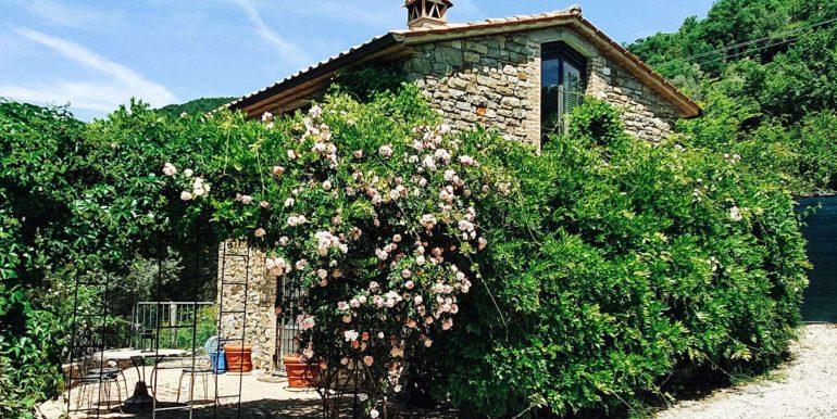 9. s587_green pergola_Via dei Colli_Parco incantato