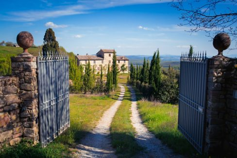 Farmhouse for sale in Chianti - Casale La Madonna
