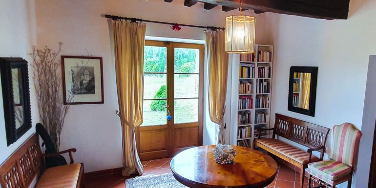 10-s594-farmhouse for sale chianti - Casale La Madonna-via dei colli