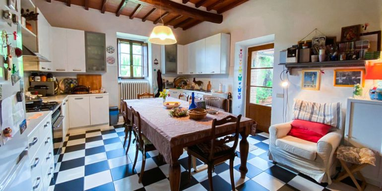 14-s594-farmhouse for sale chianti - Casale La Madonna-via dei colli