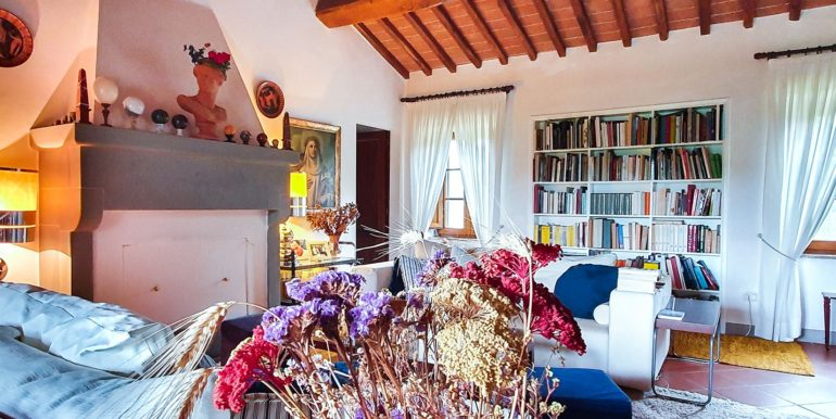 15a-s594-farmhouse for sale chianti - Casale La Madonna-via dei colli