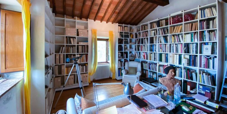 22-s594-farmhouse for sale chianti - Casale La Madonna-via dei colli