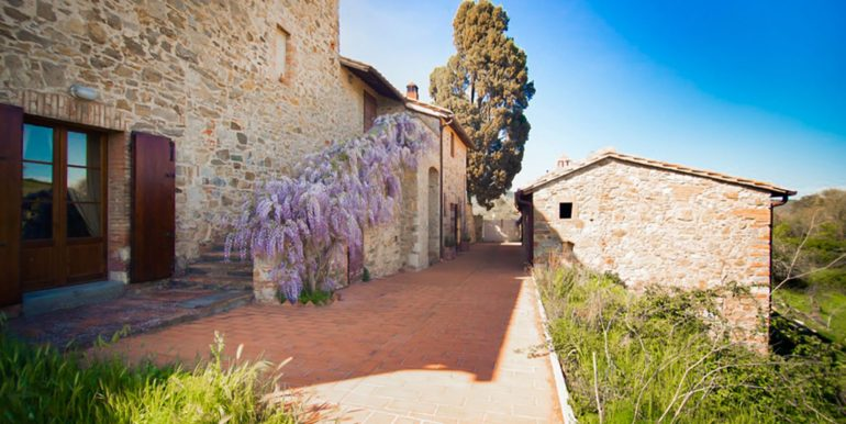 6-s594- farmhouse for sale chianti - Casale La Madonna-via dei colli