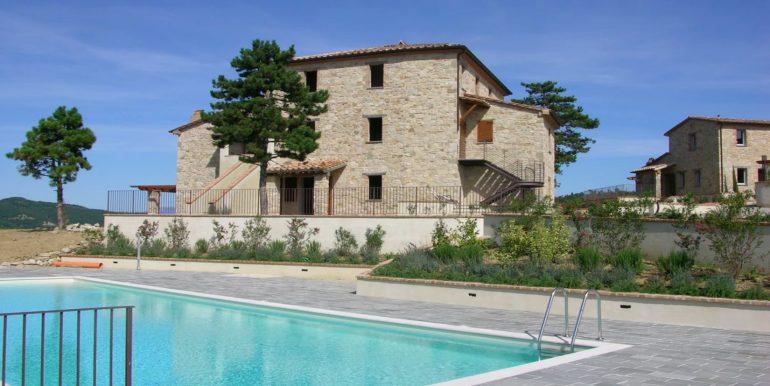 1-s598-prestigious apartment for sale in umbria-il tulipano-via dei colli