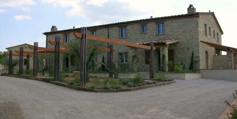 18-s598-prestigious apartment for sale in umbria-il tulipano-via dei colli