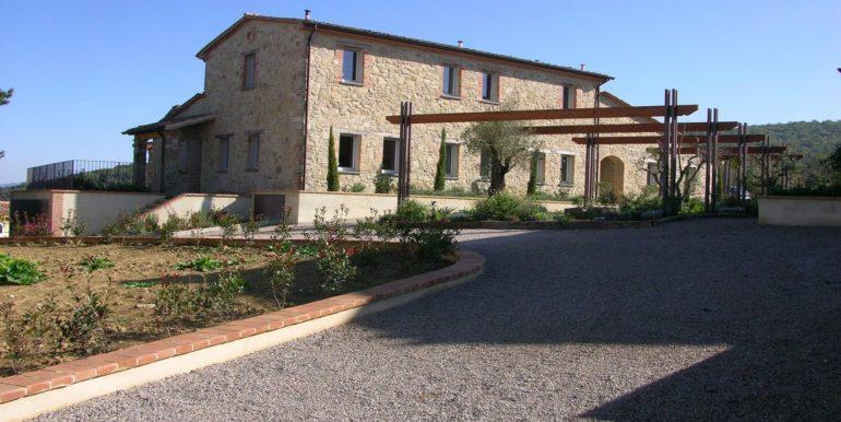 5-s598-prestigious apartment for sale in umbria-il tulipano-via dei colli