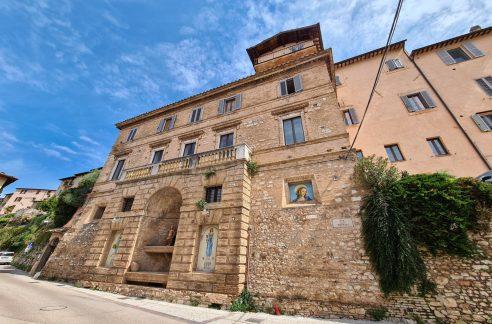 Vendita hotel a Trevi - Palazzo Natalini