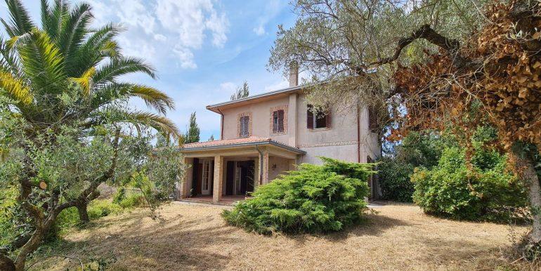 1-s600-villa for sale in umbria-villa dionisio-via dei colli