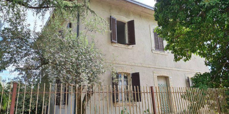 7-s600-villa for sale in umbria-villa dionisio-via dei colli